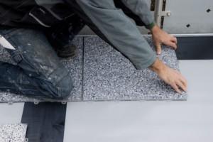steinteppich selber machen und wie sie einfach steinteppich verlegen. Black Bedroom Furniture Sets. Home Design Ideas
