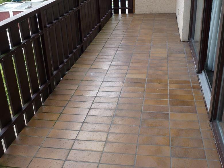 Balkon sanierung mit Steinteppich
