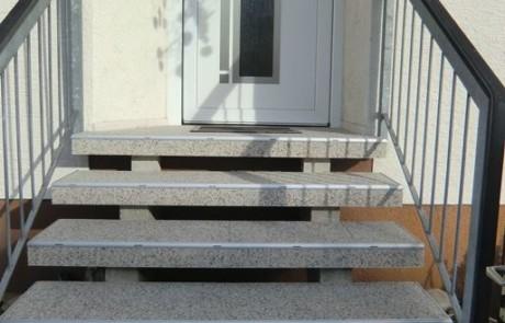 Treppensanierung mit DRAINfloor Steinteppich