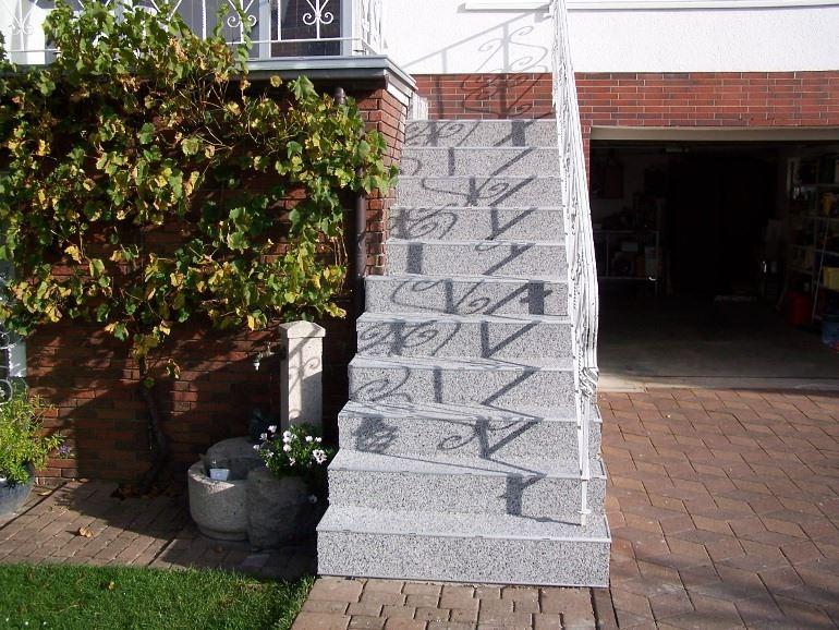 Terrassensanierung mit RENOfloor - dann klappt's auch mit den Nachbarn