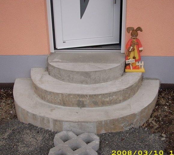 steinteppich selbst verlegen mit renofloor auch auf runden treppen renofloor gmbh. Black Bedroom Furniture Sets. Home Design Ideas
